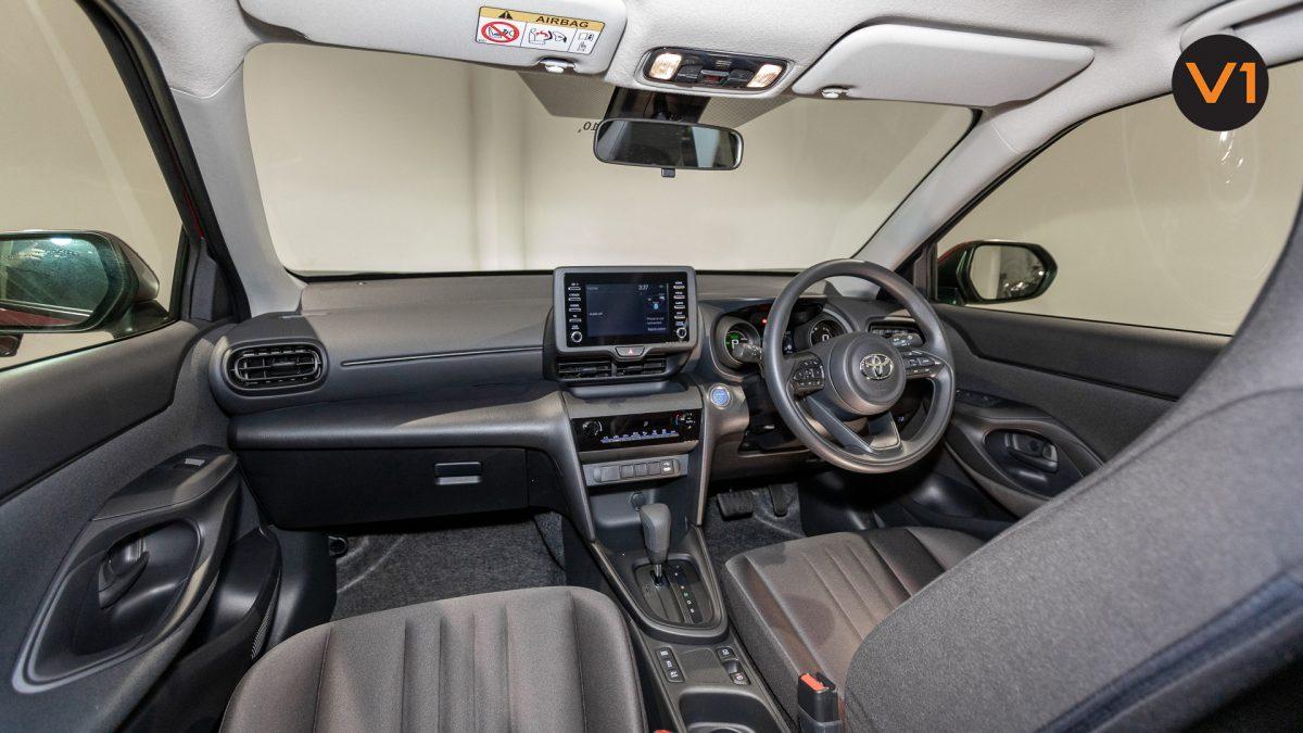 Toyota Yaris Cross X Hybrid - Interior Dashboard