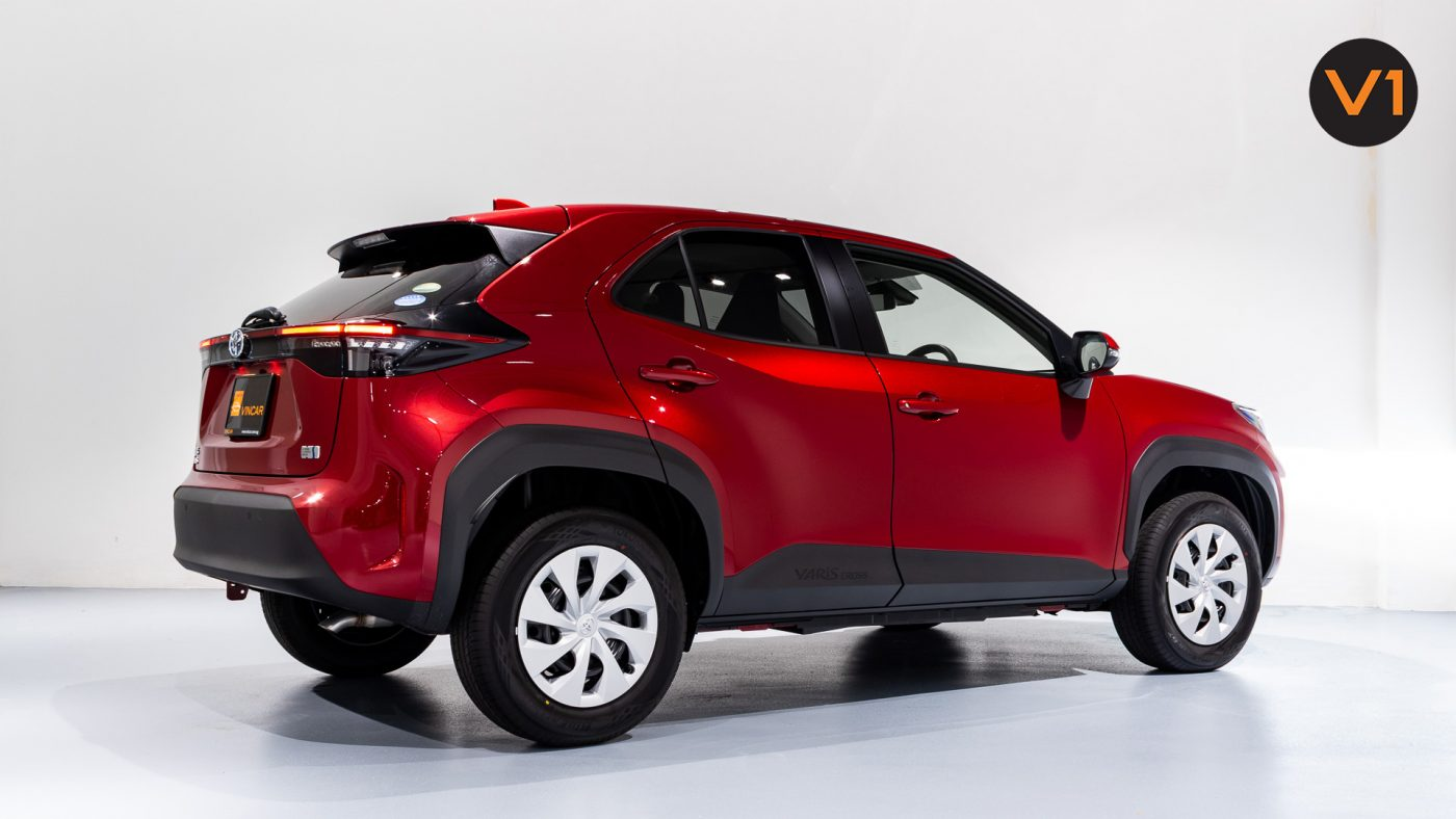 Toyota Yaris Cross X Hybrid - Rear Side Profile