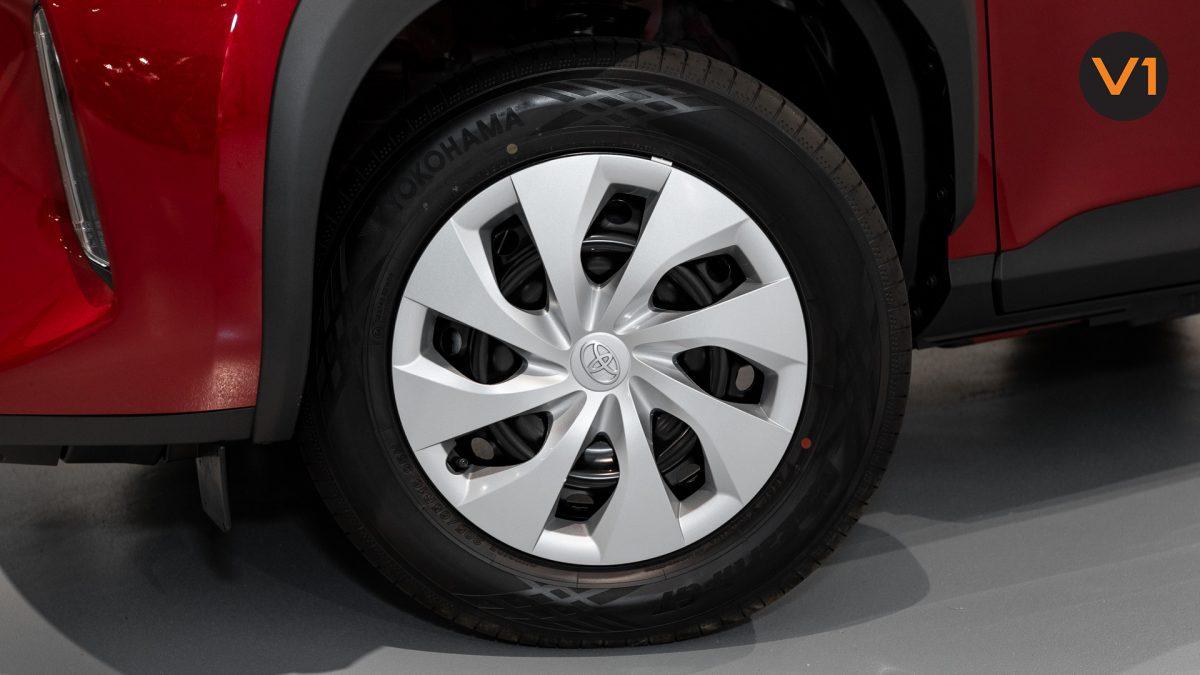 Toyota Yaris Cross X Hybrid - Wheels