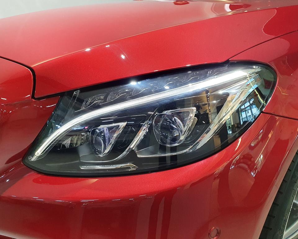 2014 Mercedes-Benz C-Class C200 AMG Line - Headlamp