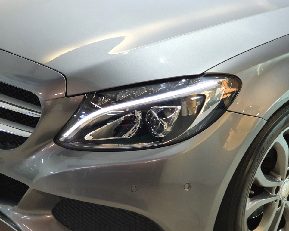 2016 Mercedes-Benz C-Class C180 Avantgarde - Headlamp