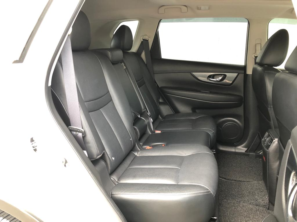2016 Nissan X-Trail 2.0A 7-Seater Sunroof - Rear Seat