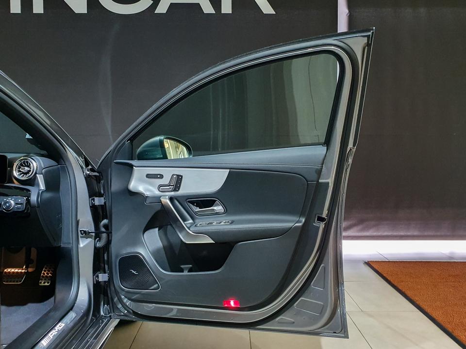 2020 Mercedes-Benz A-Class A35 AMG 4MATIC Premium Plus - Front Door