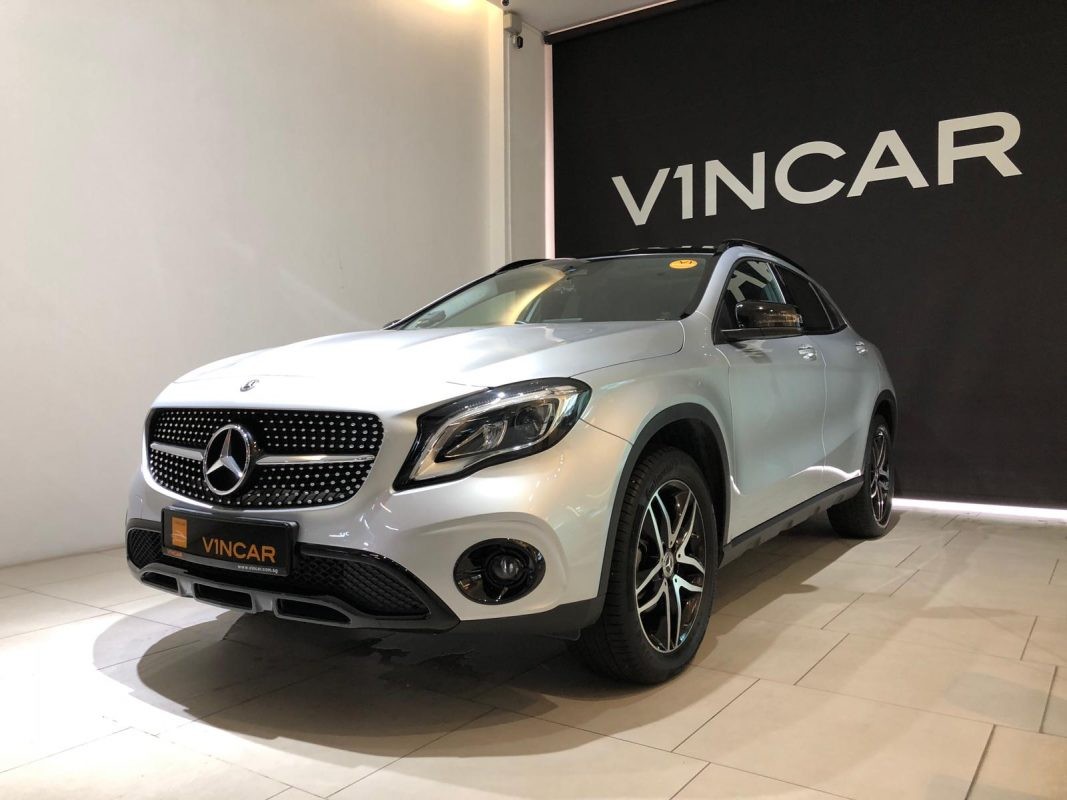 2020 Mercedes-Benz GLA180 Urban Edition - Front Angle