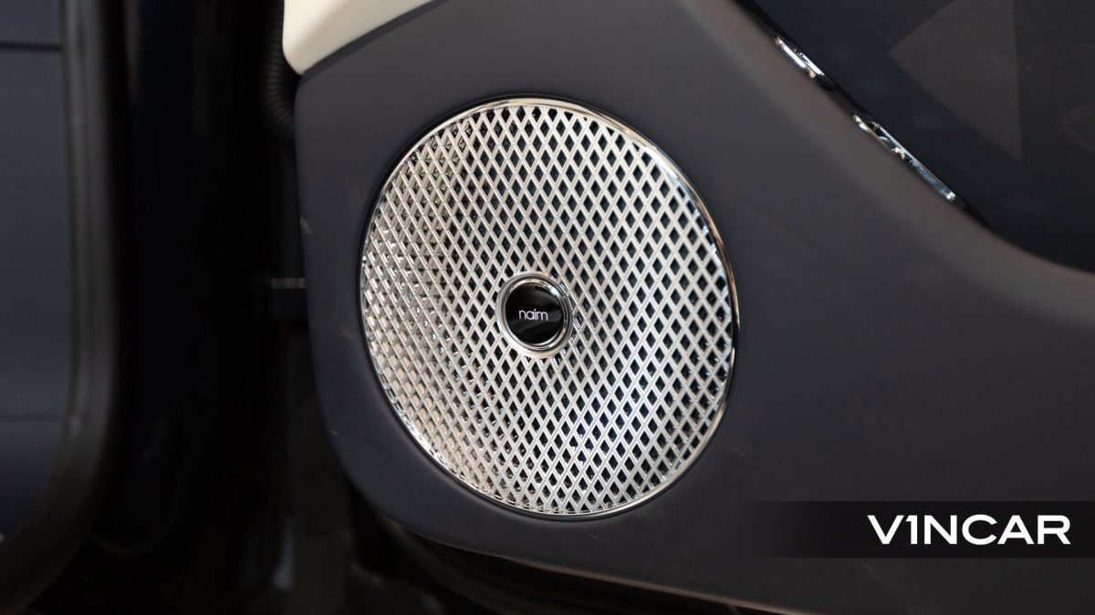 Bentley Flying Spur First Edition W12 - Naim Audio System