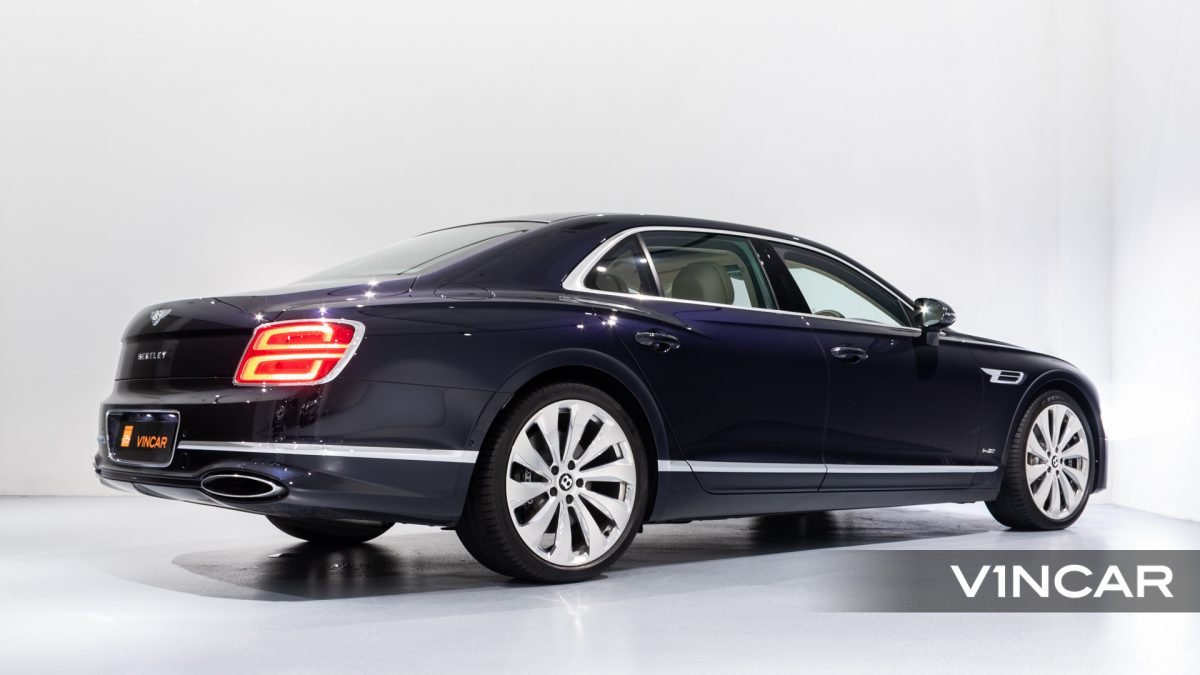 Bentley Flying Spur First Edition W12 - Rear Side Profile