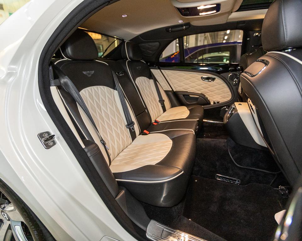 Bentley Mulsanne Speed 6.7 Twin Turbo - Rear Seat