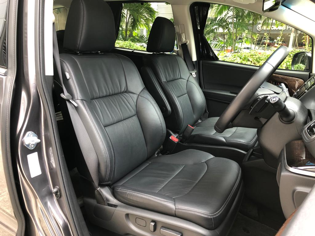 Honda Odyssey 2.4A EXV-S Sunroof - Driver Seat