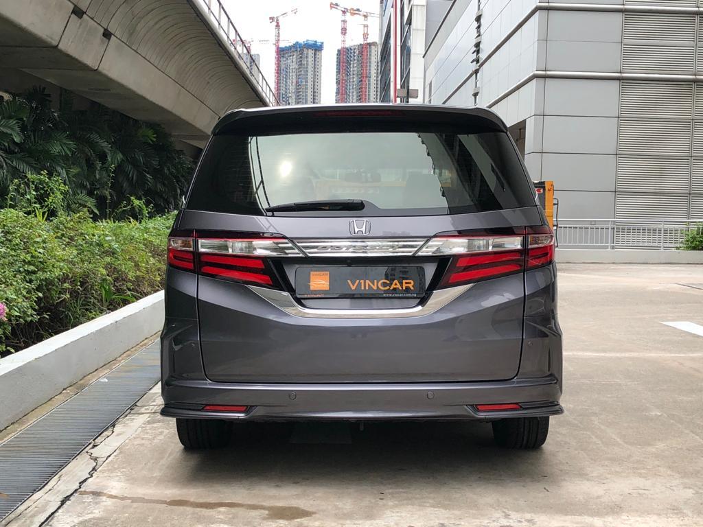 Honda Odyssey 2.4A EXV-S Sunroof - Rear Direct