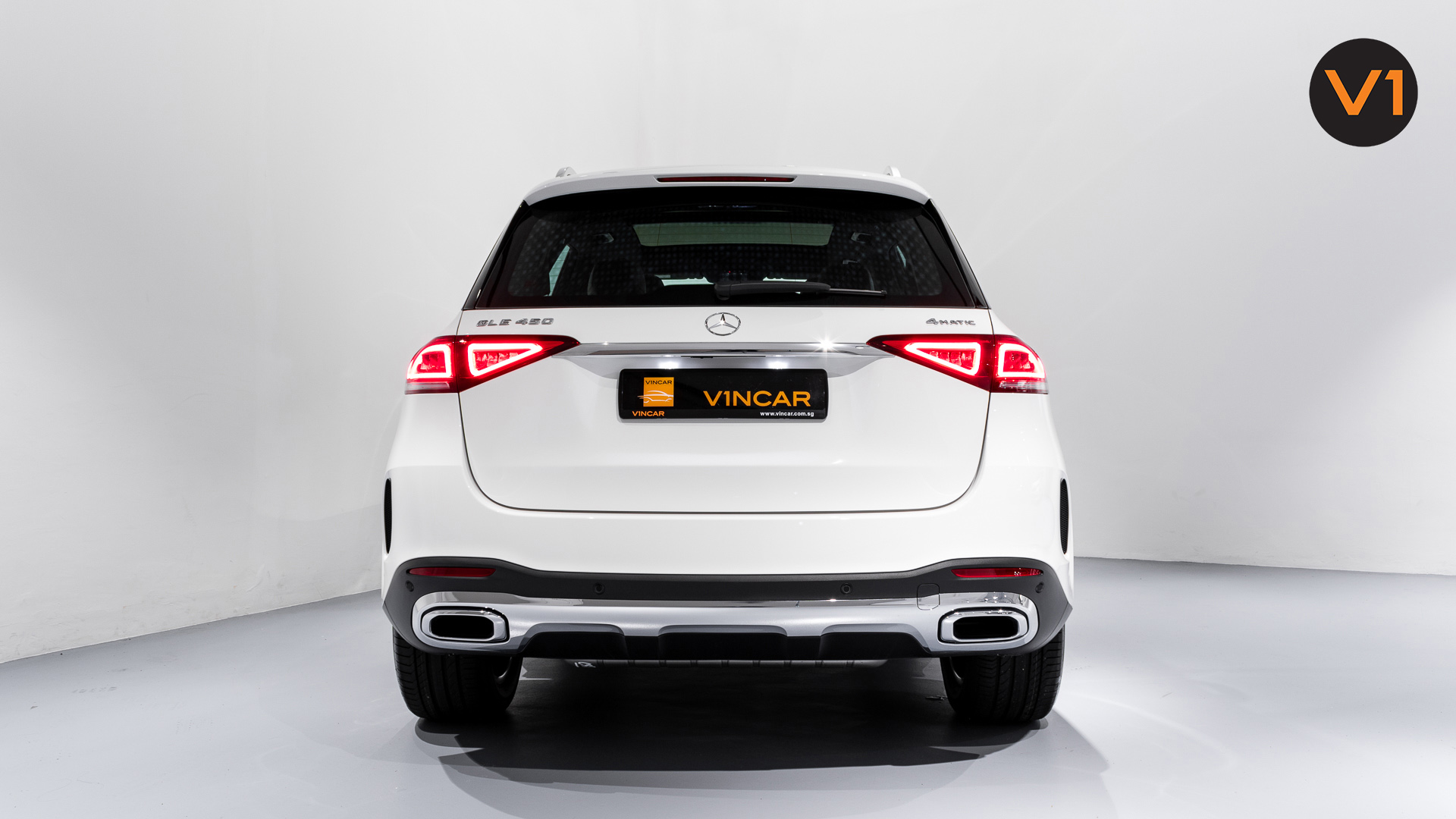 MERCEDES-BENZ GLE450 AMG 4MATIC LUXURY - Rear Direct