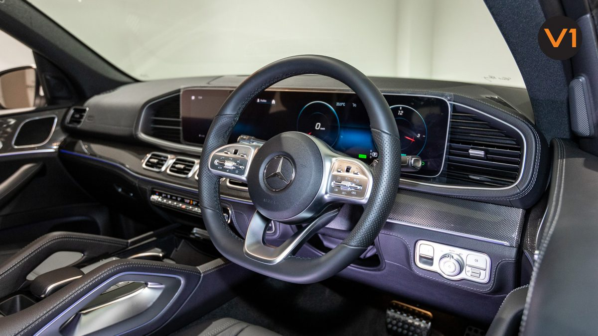 MERCEDES-BENZ GLE450 AMG 4MATIC LUXURY - Steering Wheel(1)