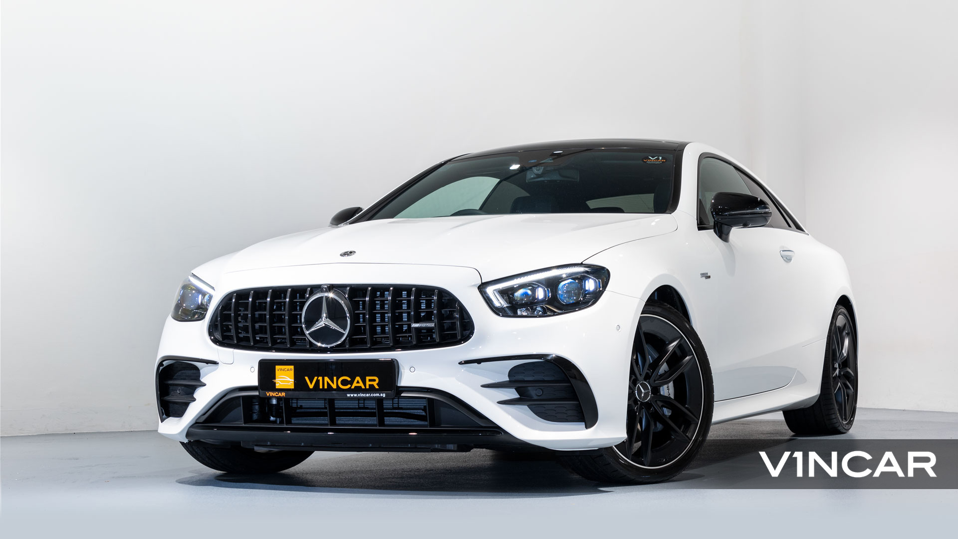 Mercedes-AMG E53 Coupe AMG Night Edition Premium Plus (FL2021) - Front Angle