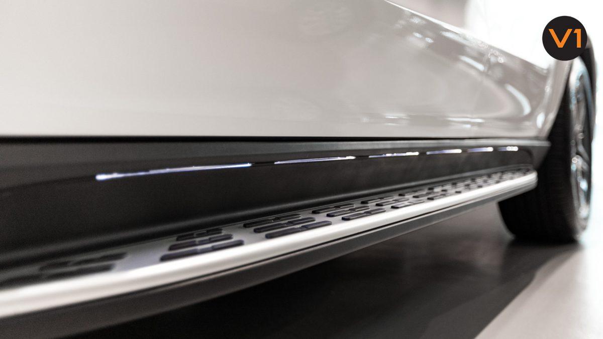 Mercedes-Benz GLE450 AMG 4MATIC Luxury - Illuminated running boards
