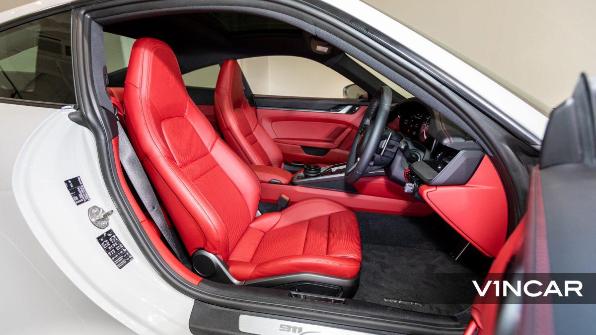 PORSCHE 911 CARRERA (CRAYON)-Driver's Seat
