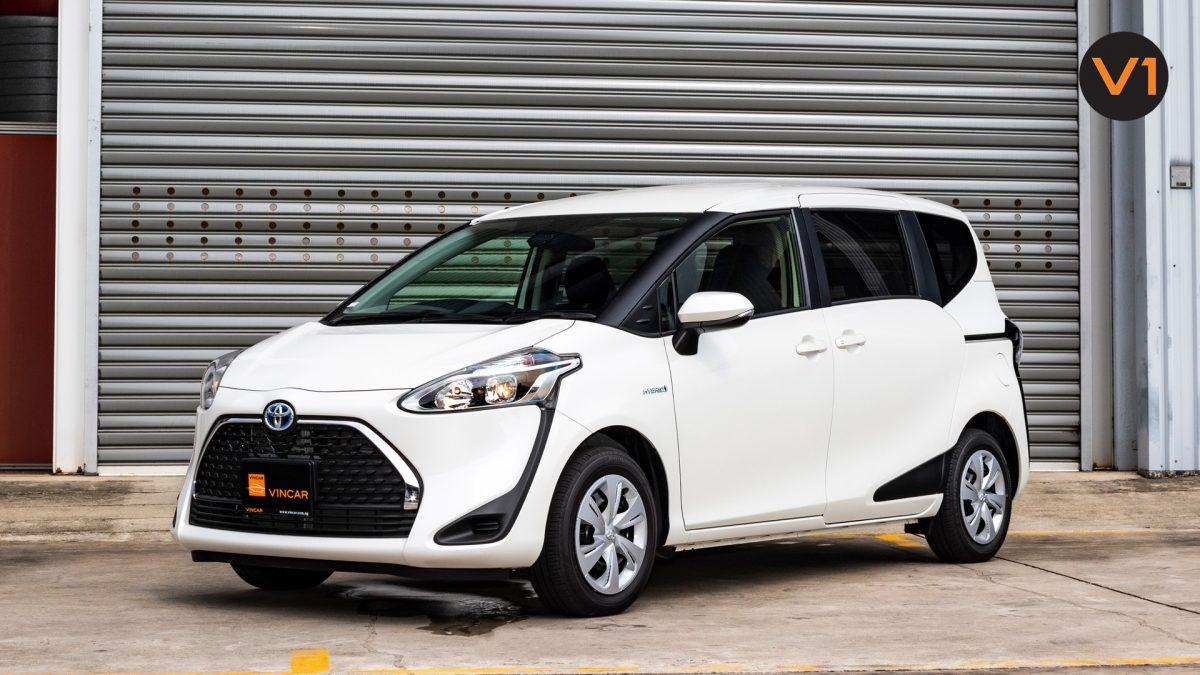Toyota Sienta 1.5G Hybrid (New Facelift) - Front Angle 4