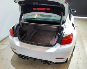 2015 BMW M Series M4 Coupe - Boot Space