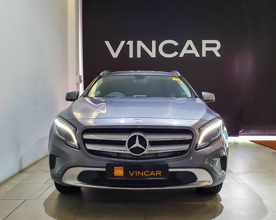 2016 Mercedes-Benz GLA-Class GLA180 - Front Direct