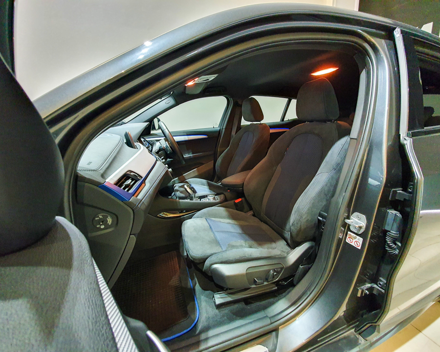 2020 BMW X2 sDrive20i M-Sport X - Front Passenger Seat