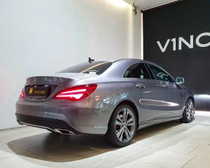 2018-Mercedes-Benz-CLA-Class-CLA200 Urban