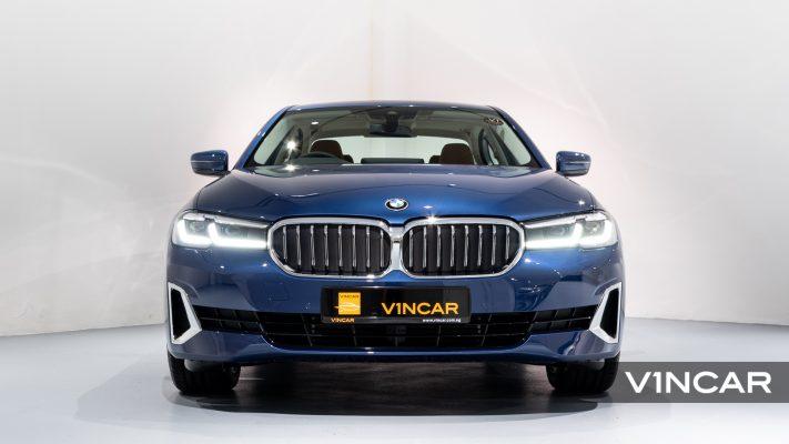 BMW 520i Saloon Luxury Plus (FL2021) - Front Direct