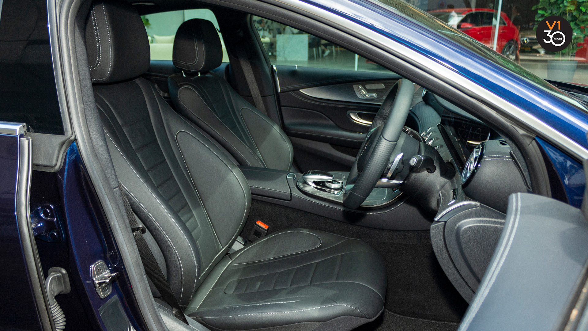 Mercedes-Benz CLS450 AMG Coupe 4MATIC Premium Plus - Driver Seat