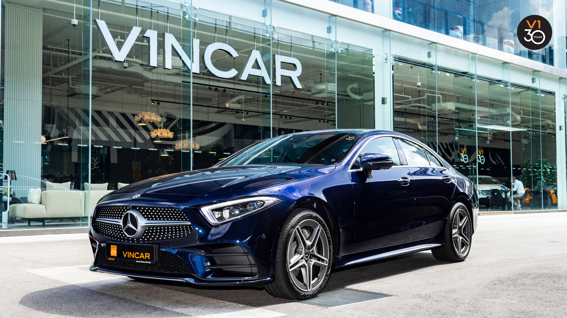 Mercedes-Benz CLS450 AMG Coupe 4MATIC Premium Plus - Front Angle