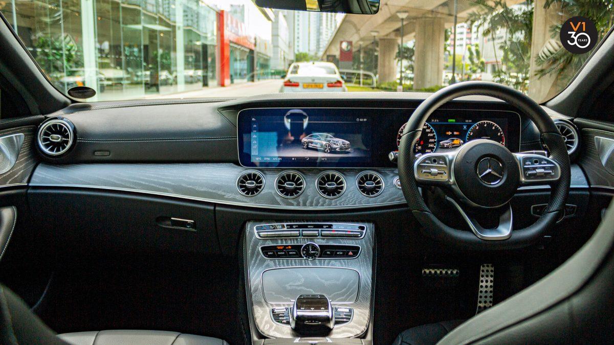 Mercedes-Benz CLS450 AMG Coupe 4MATIC Premium Plus - Interior Dash