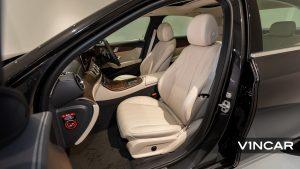 Mercedes-Benz E200 Saloon Exclusive (FL2021) - Front Seat