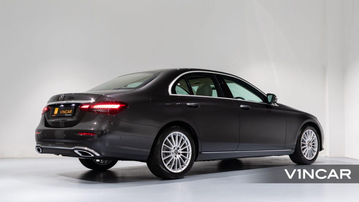 Mercedes-Benz E200 Saloon Exclusive (FL2021) - Rear Side Profile