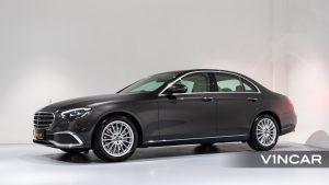 Mercedes-Benz E200 Saloon Exclusive (FL2021) - Side Profile
