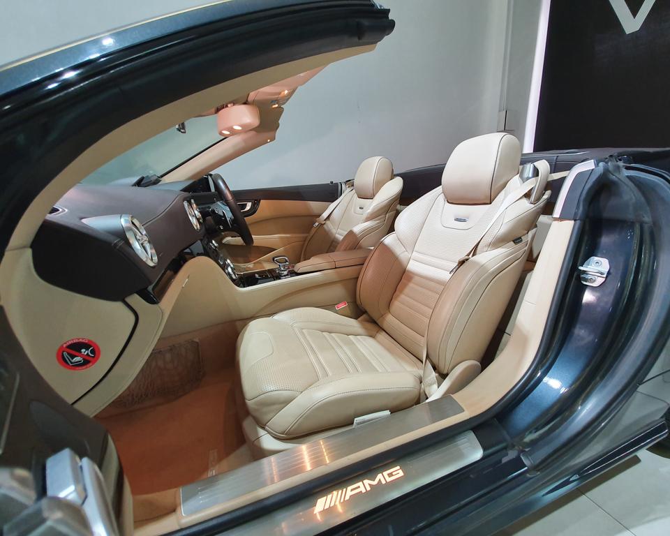 2013 Mercedes-Benz SL-Class SL63 AMG - Front Passenger Seat