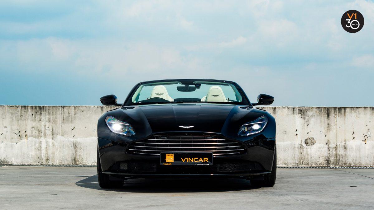DB11 V8 Volante