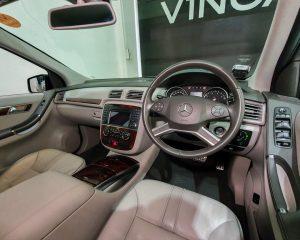 2011 Mercedes-Benz R-Class R350L (New 10-yr COE) - Steering Wheel