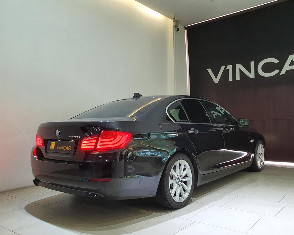 2012 BMW 5 Series 520i (New 10-yr COE) - Rear Quarter Angle
