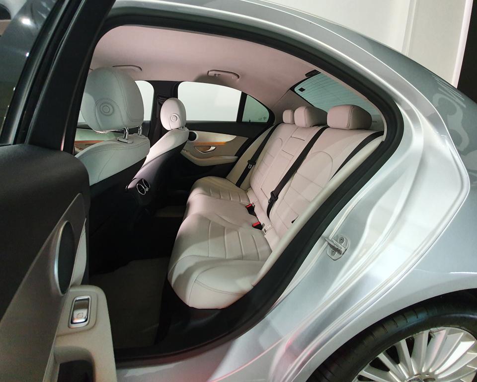 2014 Mercedes-Benz C-Class C180 Exclusive - Back Passenger Seat
