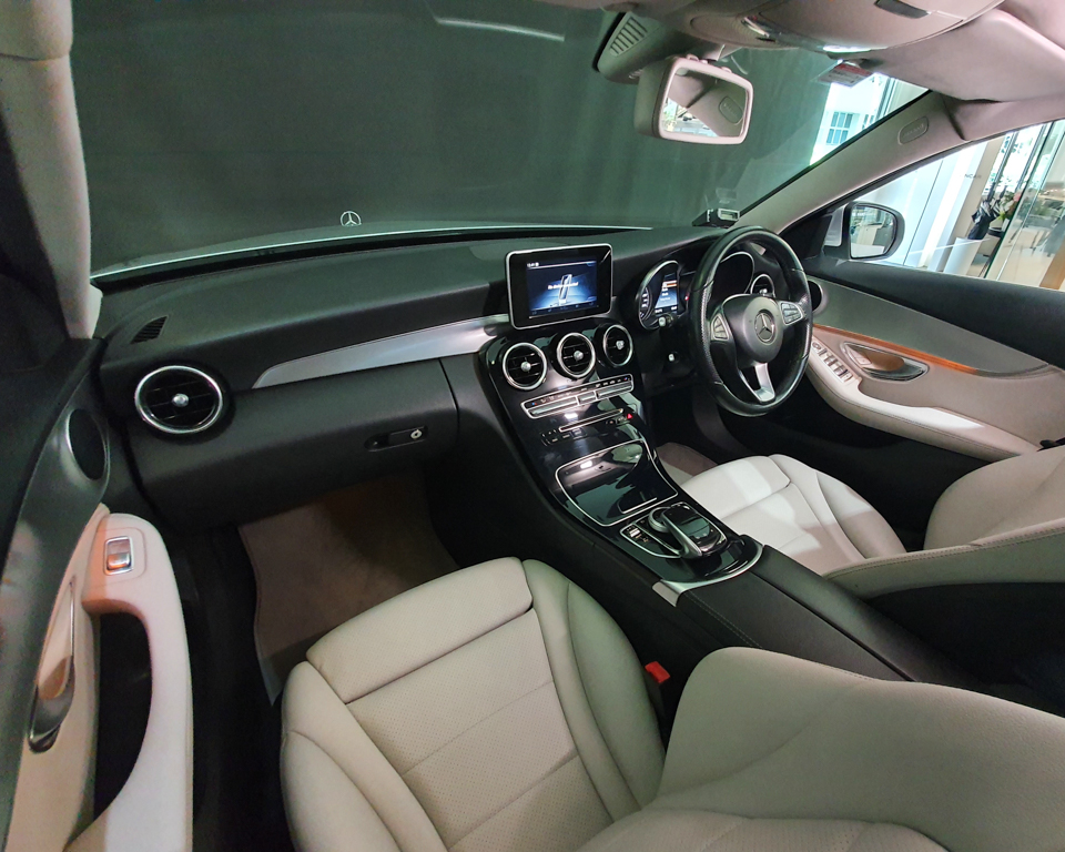 2014 Mercedes-Benz C-Class C180 Exclusive - Interior Dash