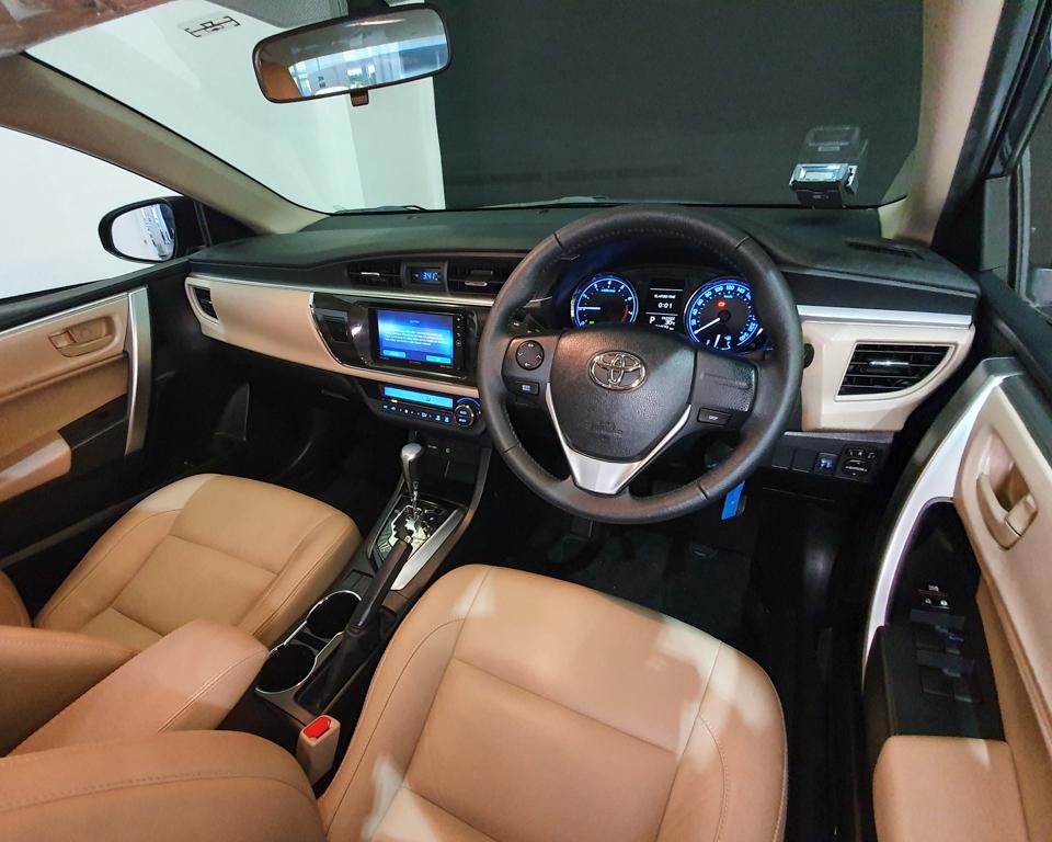 2015 Toyota Corolla Altis 1.6A Classic - Steering Wheel