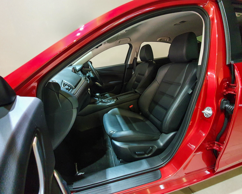 2016 Mazda 6 2.0A - Front Passenger Seat