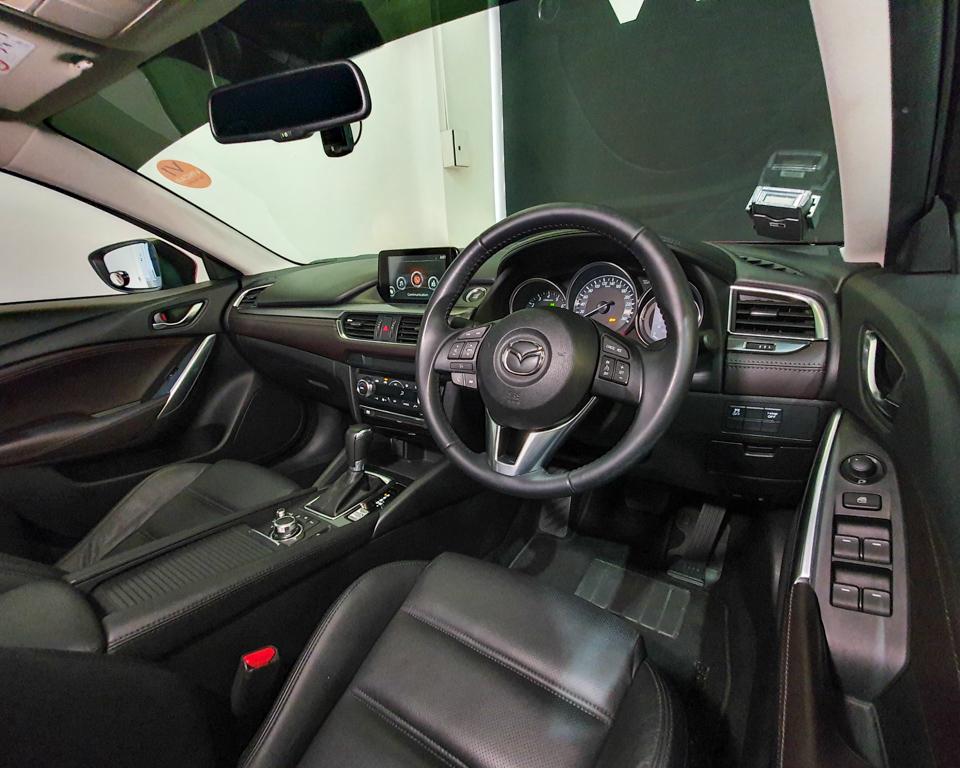 2016 Mazda 6 2.0A - Steering Wheel