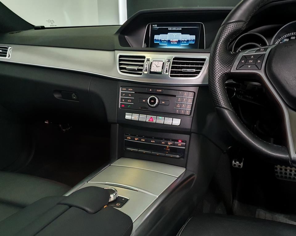 2016 Mercedes-Benz E-Class E250 Edition E Sunroof - Infotainment System