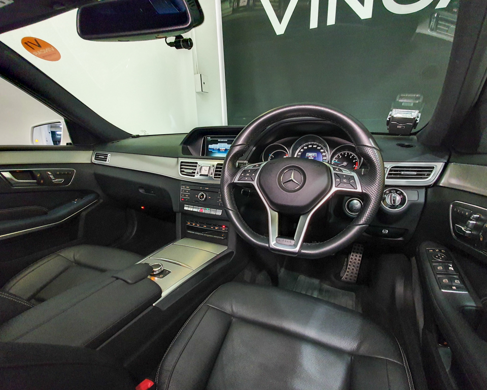 2016 Mercedes-Benz E-Class E250 Edition E Sunroof - Steering Wheel