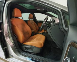 2016 Volkswagen Golf 1.4A TSI Sunroof - Driver Seat