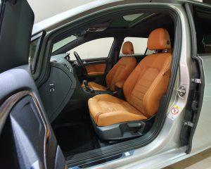 2016 Volkswagen Golf 1.4A TSI Sunroof - Front Passenger Seat