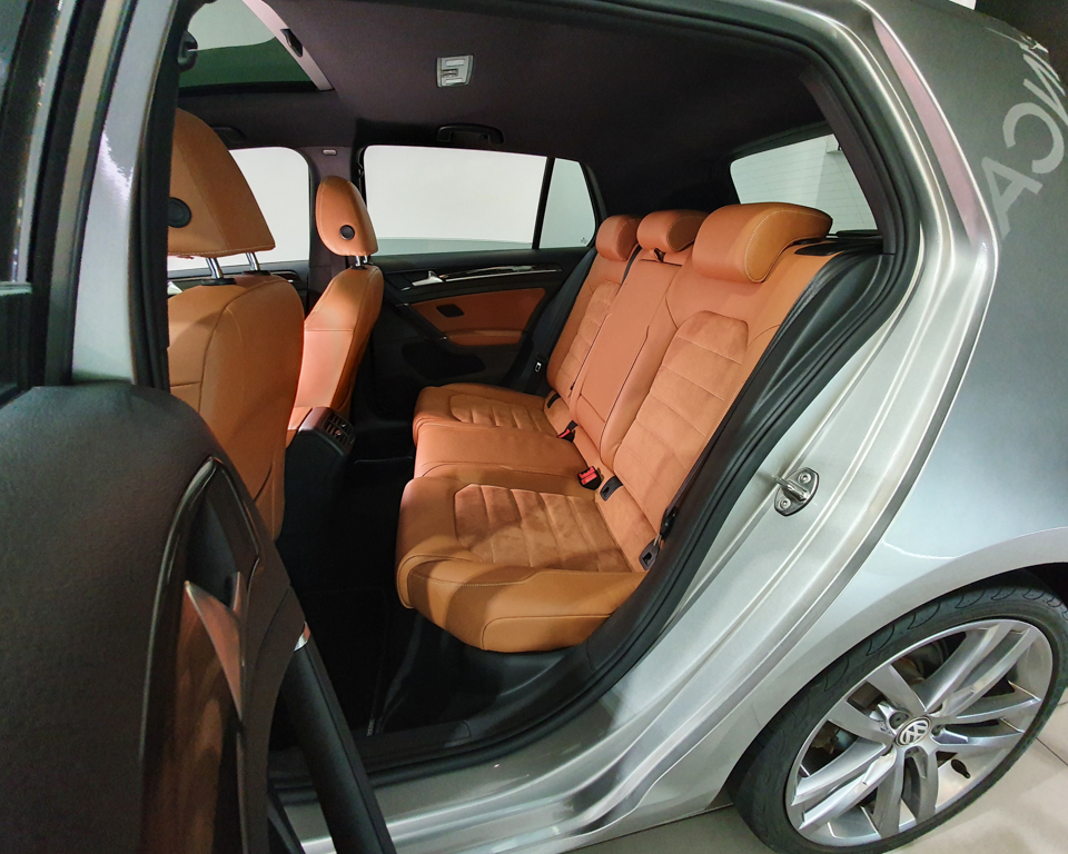 2016 Volkswagen Golf 1.4A TSI Sunroof - Rear Passenger Seat