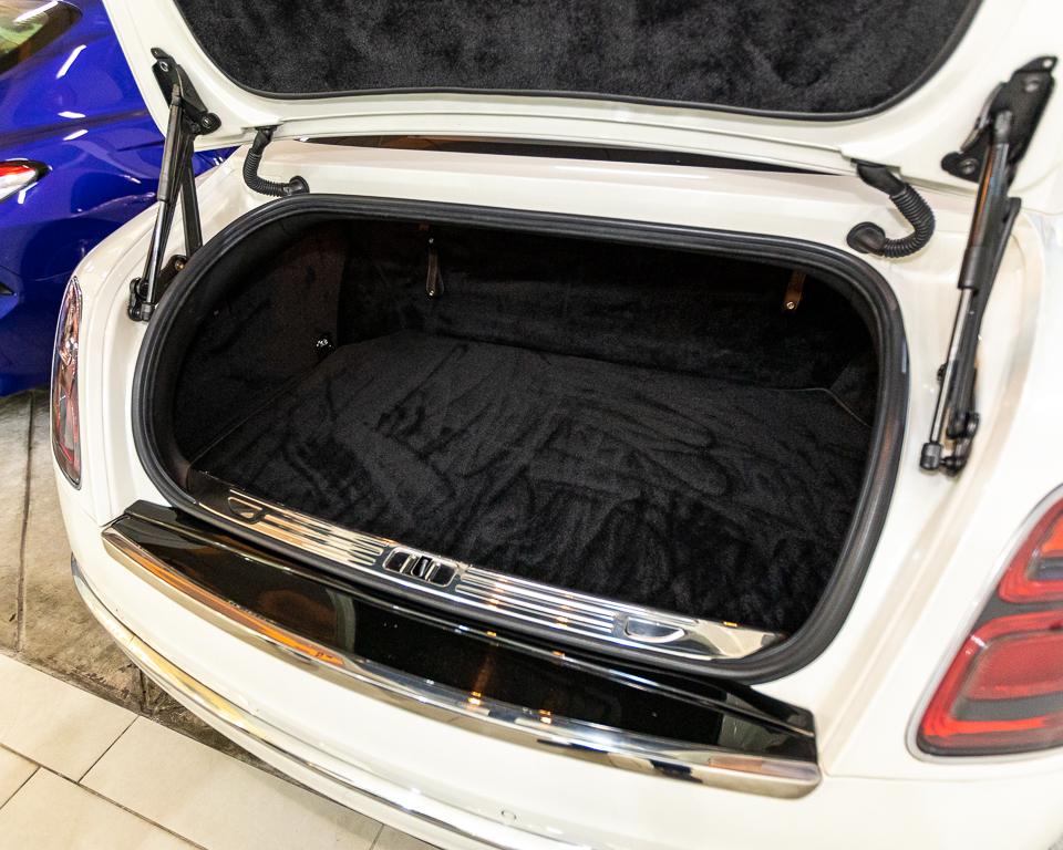 2017 Bentley Mulsanne 6.75A Speed - Boot Trunk