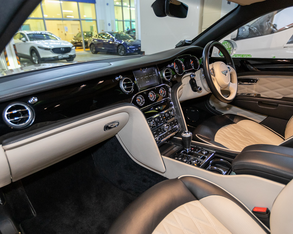 2017 Bentley Mulsanne 6.75A Speed - Interior Dashboard