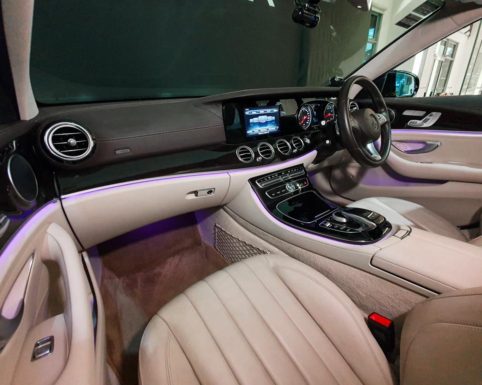 2017 Mercedes-Benz E-Class E200 Exclusive - Interior Dash