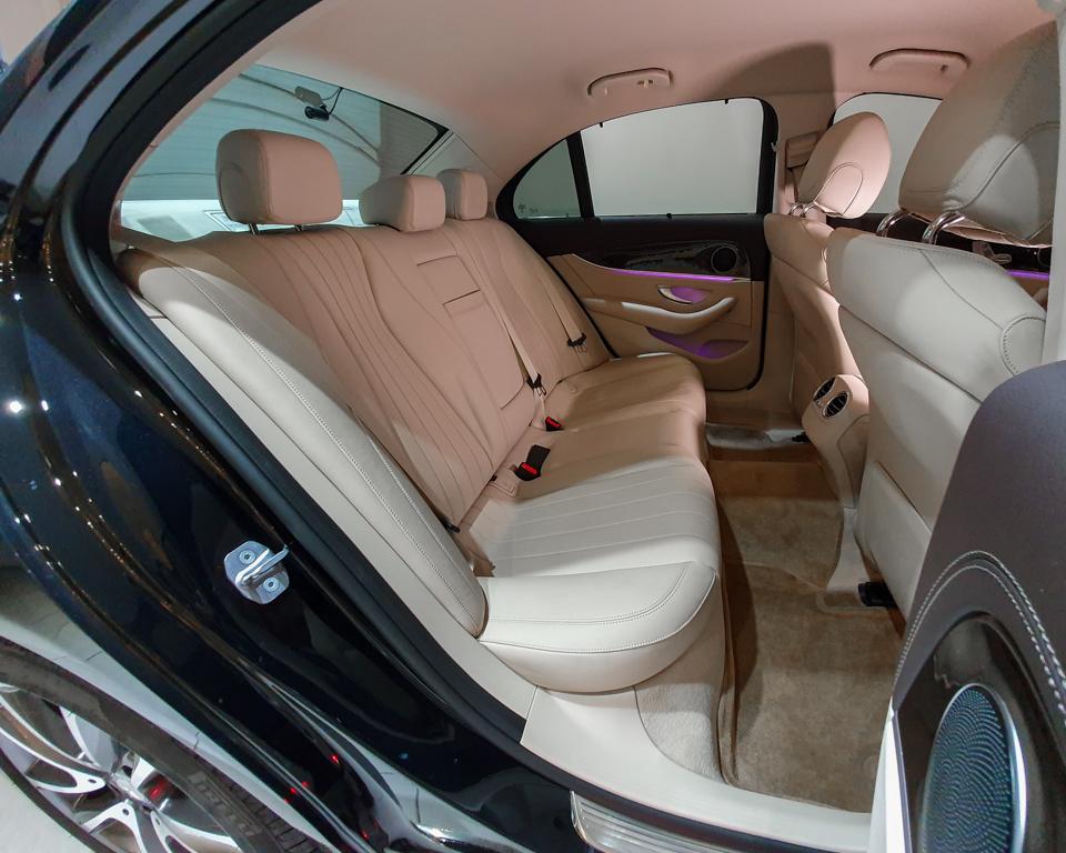 2017 Mercedes-Benz E-Class E200 Exclusive - Rear Seat