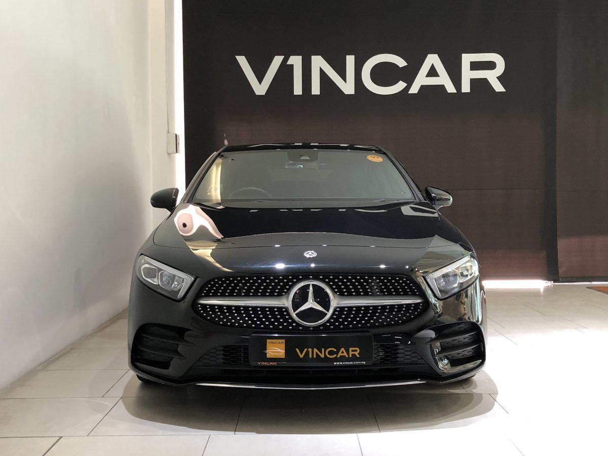 2018 Mercedes-Benz A-Class A200 AMG Line - Front Direct