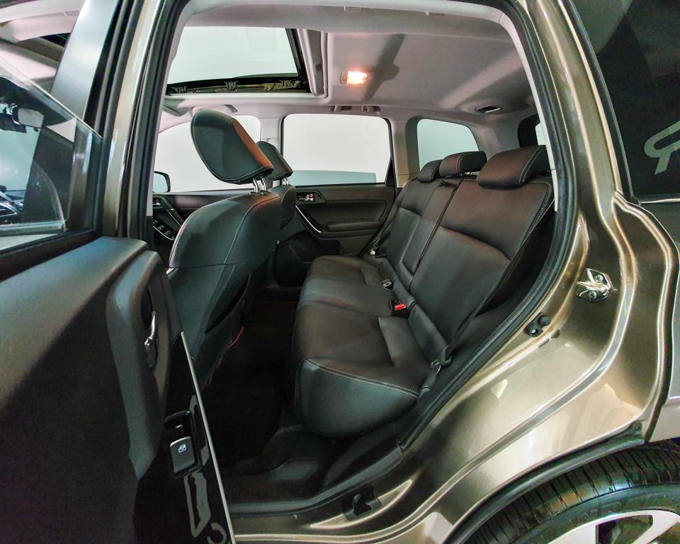 2018 Subaru Forester 2.0i-L Sunroof - Rear Passenger Seat
